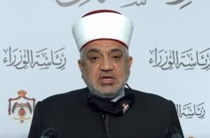 وزير الأوقاف: لم أهدد بعودة إغلاق المساجد