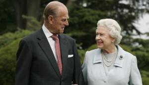 قصر بكنجهام يعلن وفاة الأمير فيليب زوج الملكة إليزابيث