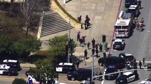 الولايات المتحدة .. مقتل 9 بينهم مسلح في إطلاق نار بكاليفورنيا