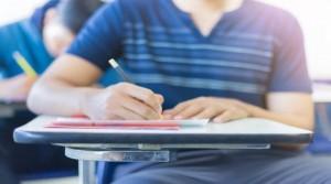 ابوقديس: امتحانات التوجيهي موضوعية باستثناء العربي والإنجليزي والرياضيات