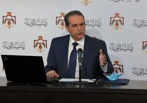 وزير الصحة: ندرس اعطاء طلبة المدارس لقاح كورونا.. وتعاقدنا على كميات كافية