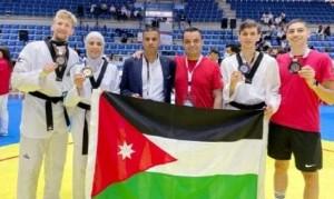 لاعبو منتخب عمان الأهلية للتايكواندو وضمن المنتخب الوطني الاردني يحصدون 3 ميداليات ملونة في البطولة الآسيوية