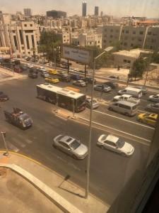 الامن العام : اجراءات مشددة بحق السائقين المخالفين لمسارب باص التردد السريع وحجز المركبات المخالفة مدة اسبوع