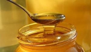 ملعقة عسل قبل النوم لنسف الدهون