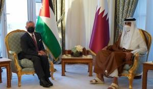 الملك والشيخ تميم بن حمد يبحثان زيادة فرص التشغيل للأردنيين في قطر