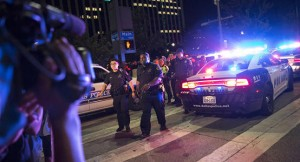 شرطي يقتل 3 أشخاص في اميركا