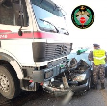 بالصور ... 3 إصابات بتصادم 5 مركبات في الرصيفة