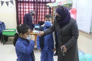 عويس: قرار إعطاء مطاعيم كورونا لطلبة المدارس خلال 24 ساعة