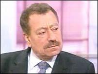 """عطوان يصف المبادرة المصرية بـ""""المسمومة"""" ويدعو الى رفضها"""