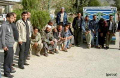 موظفون في المحطات الزراعية بالطفيلة يعتصمون للمطالبة بتحسين أوضاعهم