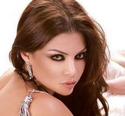 هيفاء وهبي تعلن خطوبتها من رجل الأعمال المصري احمد أبو هشيمة
