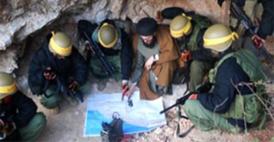 توعد إسرائيل بحرب كيميائية.. تنظيم شيعي جديد منافس لحزب الله في لبنان