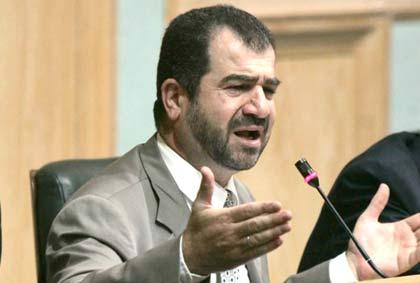 النائب السابق أبو السكر يتهم رئاسة المجلس بمنعه من الدخول..والشوابكة ينفي