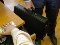 41 شهادة مزورة لموظفي الحكومة حوّلت إلى القضاء