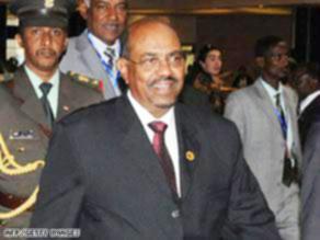 البشير يفاجئ الجميع ويصل إريتريا رغم قرار اعتقاله