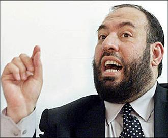 مصر تحظر دخول 3 من قيادة حماس إلى أراضيها