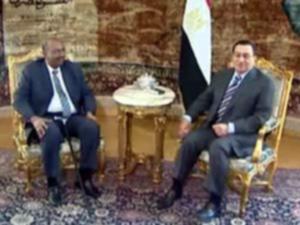 البشير يصل القاهرة في أول زيارة لدولة عربية بعد مذكرة الجنائية