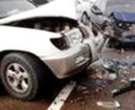 إصابة 5 مواطنين بعد اصطدام مركبتين على طريق عمان- جرش