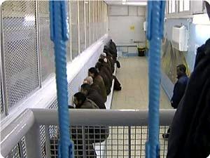 """لإرغام """"حماس"""" .. الحكومة الصهيونية تقر فرض عقوبات على الأسرى الفلسطينيين"""