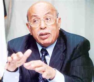 رئيس وفد مصر للقمة: لدينا خلافات مع قطر.. ولا نريد مصالحة شيك هاند