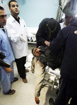 استشهاد وإصابة أربعة فلسطينيين في اشتباكات مع الاحتلال وسط غزة