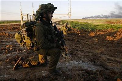 إسرائيل تطلق أربعة قذائف مدفعية على جنوب لبنان والجيش يستنفر