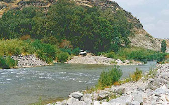 الأردن تحتج  لدى سوريا لخرقها اتفاقية تقاسم مياه نهر اليرموك