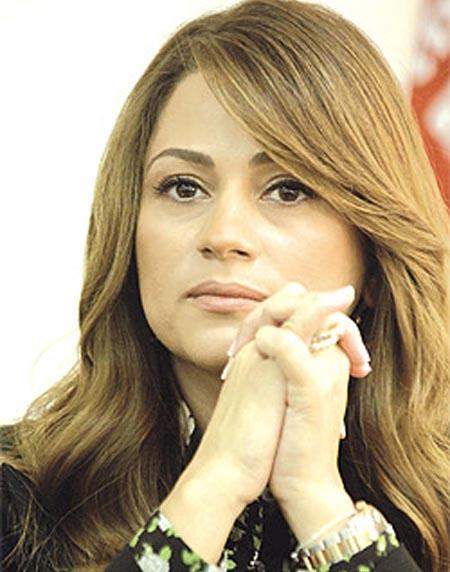 جوليا تدين الصمت العربي