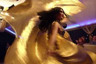 محامي مصري يرفع دعوى يطالب فيها بمنع الرقص الشرقي في مصر