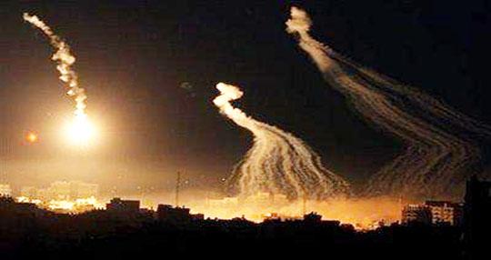 """خروقات إسرائيلية مع بدء سريان """"وقف إطلاق النار"""" بغزة والمقاومة تشترط الانسحاب"""