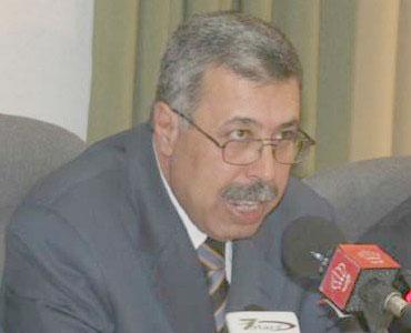 لماذا لايتدخل الوزير؟..المعلم «٩٩٦٢٨» يطلب لجنة تحقيق فورا