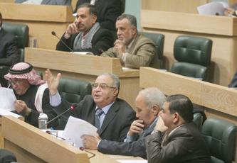 في جلسة ساخنة اليوم..النواب يوجهون 53 سؤالا للحكومة