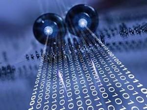 تقنية جديدة لنقل البيانات بسرعة 800 ميغابايت في الثانية عبر لمبات الإنارة