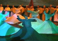 افتتاح مهرجان للإنشاد والموسيقى الصوفية بمصر