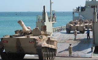 الامارات العربية المتحدة ثالث أكبر مستورد للاسلحة في العالم