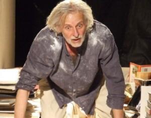 رام الله : لحظة إنتحاره لم تكن مشهدا في مسرحية