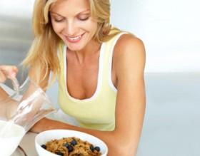 ماذا تأكلين قبل وبعد التمرين ؟