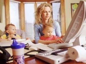 المرأة أكثر قدرة على إنجاز العمل من الرجل