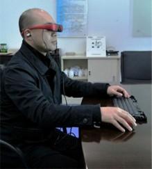 بالصور: ابتكار حاسوب محمول على شكل نظارة