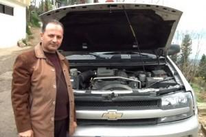 مخترع لبناني سيارته تسيرها المياه بدل البنزين !