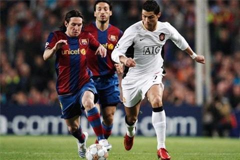 برشلونة يتقدم بهدف على مانشستر في نهائي بطولة دوري أوروبا..