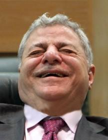 تهاوي حكومة الخصاونة ووزير العدل يستقيل