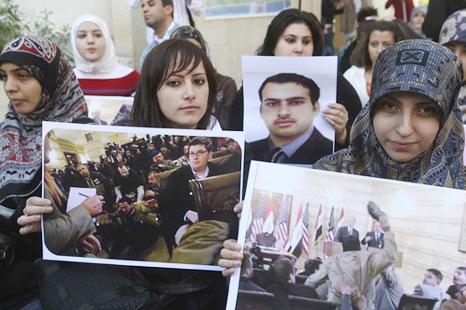 ثلث البرلمان العراقي يطالب بإطلاق سراح الزيدي