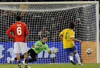 كأس القارات : سيطرة مصرية لافتة وفوز برازيلي صعب