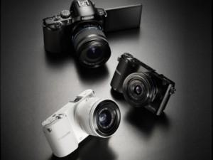 سامسونغ تطلق 3 كاميرات مزودة بتقنية الواي فاي