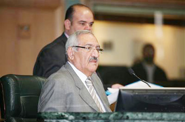 """المجالي يرفض استجواب زياد الشويخ لـ"""" حسني ابو غيدا """""""
