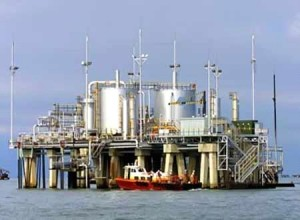 يديعوت أحرونوت: النفط السعودي بأيدينا