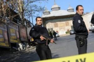 أنباء عن اغتيال قائد الأمن الجوي القطري