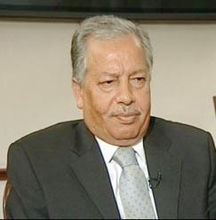 مطالب بإقالة وزير الداخلية لقمعه «حرية التعبير»