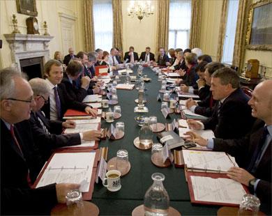 محكمة بريطانية تأمر الحكومة بكشف وثائق غزو العراق
